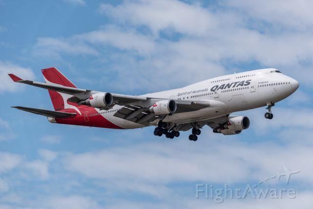 Boeing 747-200 (VH-OEI)