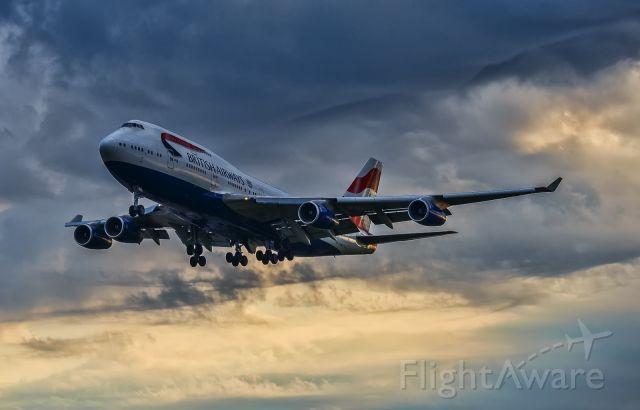 Boeing 747-400 (G-BNLK)