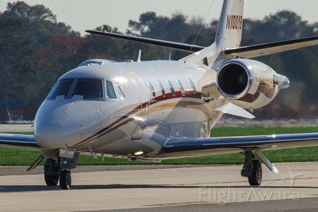 Cessna Citation V (N100YB) - Cessna Citation 560 taxiing at PDK airport in Atlanta.