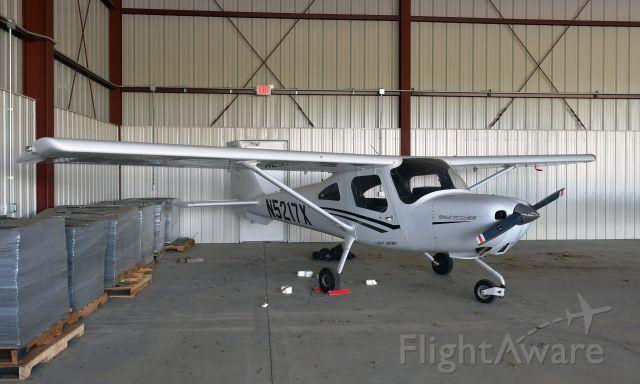 Cessna Skycatcher (N5217X) - Cessna 162 Skycatcher N5217X in Xenia Greene County Airport