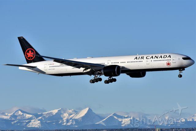 BOEING 777-300ER (C-FIVW) - Air Canada Boeing 777-333(ER) arriving at YYC on Jan 25.