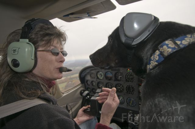 Cessna Skyhawk (N172WY) - Michele and Super Cooper discussing the route