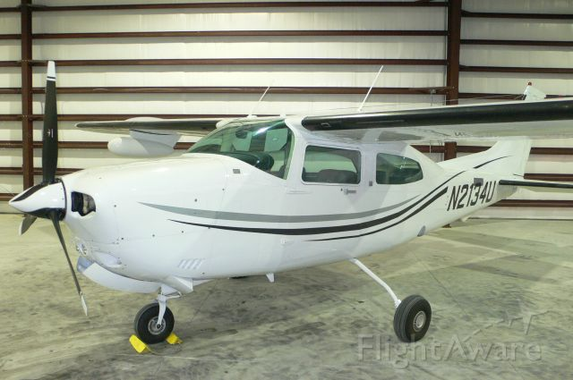 Cessna Centurion (N2134U)