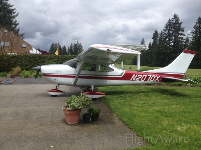 Cessna Skylane (N2070X)