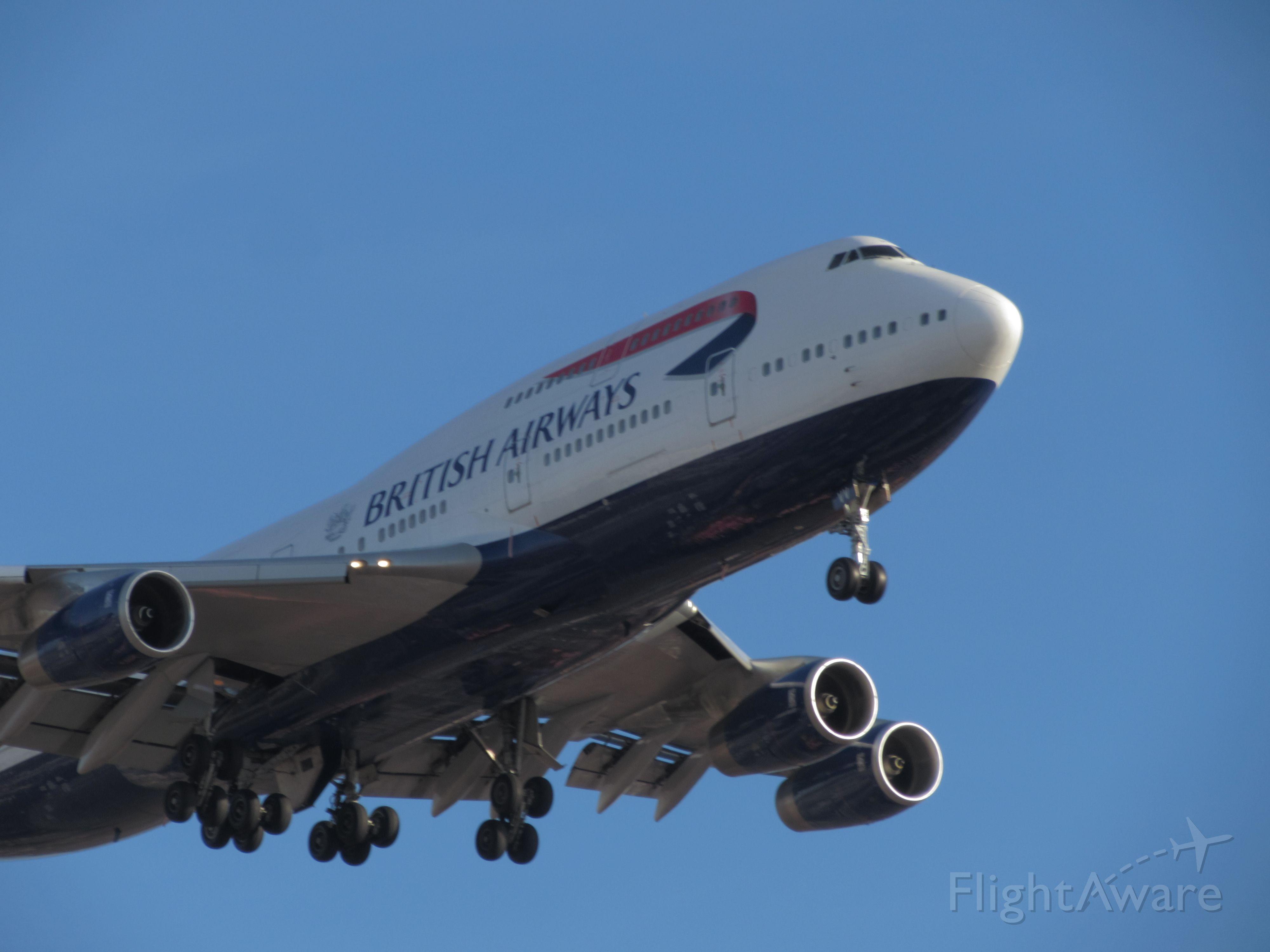 — — - British airways 747-400 at Chicago Ohare