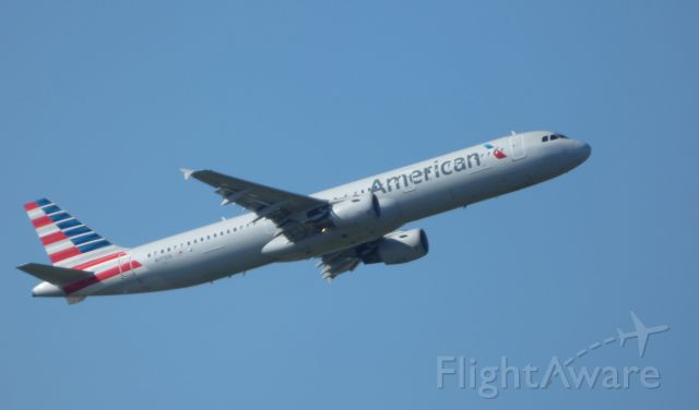 Airbus A321 (N177US) - Shown here is an American Airlines Airbus A321 departing in the Autumn of 2017.
