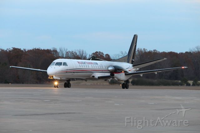 Saab 2000 (N814BB) - Volleyball team onboard from Kansas