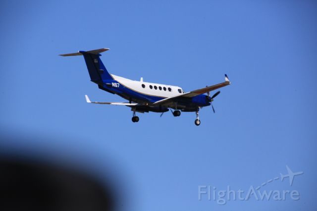 Beechcraft Super King Air 300 (N67)