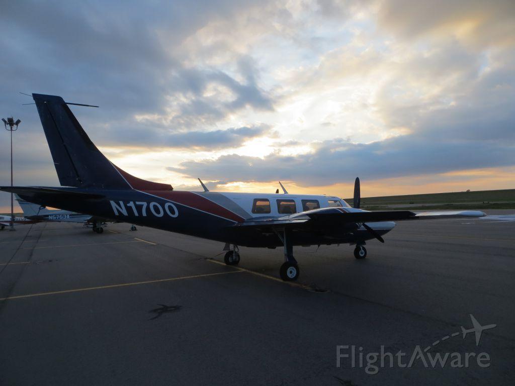 Piper Aerostar (N1700)