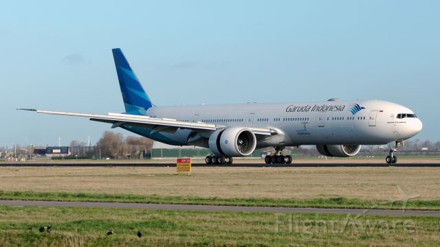 Boeing 777-200 (PK-GIF)