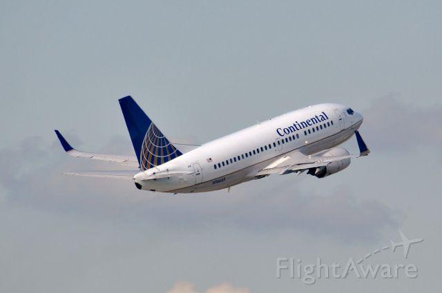 Boeing 737-500 (N14645)