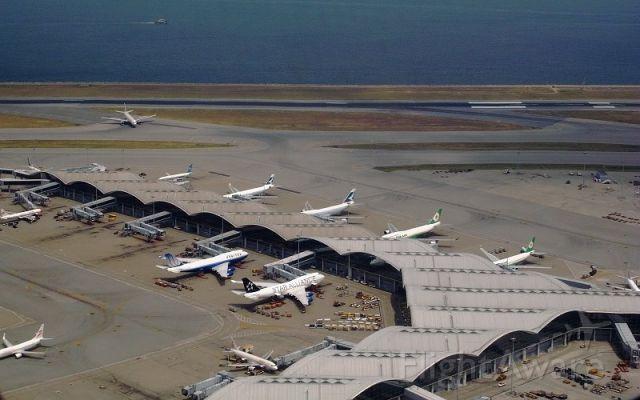 BOEING 777-300 (ZK-OKQ)