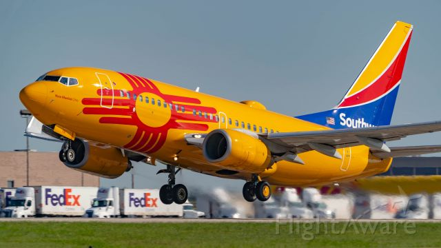 Boeing 737-700 (N781WN) - New Mexico One departing 4br /5/3/19