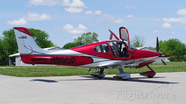 Cirrus SR-22 (N990P)