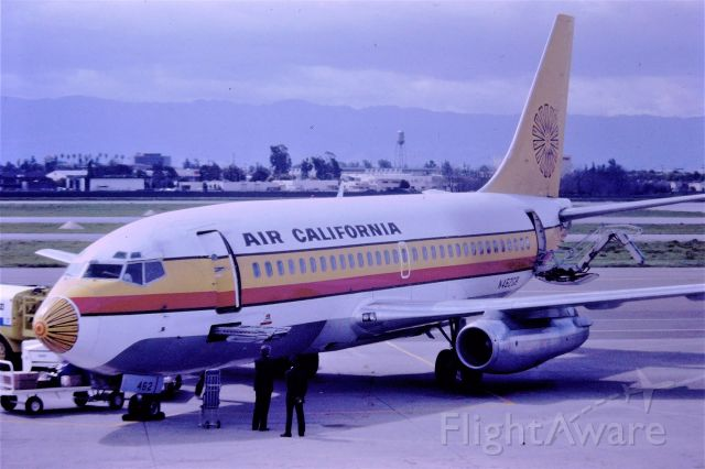 """Boeing 737-200 (N462GB) - KSJC - Air California arrival from So California - showing the """"air stairs"""" being deployed for passengers front/back to de-plane. 35mm slide scan Minolta SRT-102"""