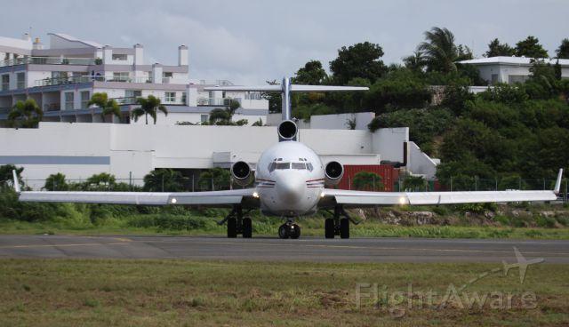 Boeing 720 (N395AJ)