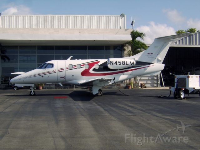 Embraer Phenom 100 (N458LM)