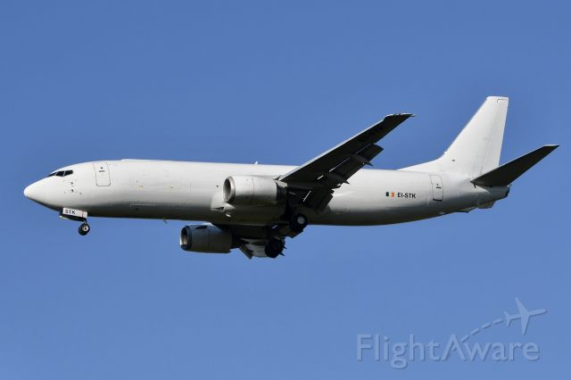 """EI-STK — - EI-STK 737-400F ASL Airlines in albino colors arriving CGN as """"ABR1442"""" from Milan-Malpensa"""
