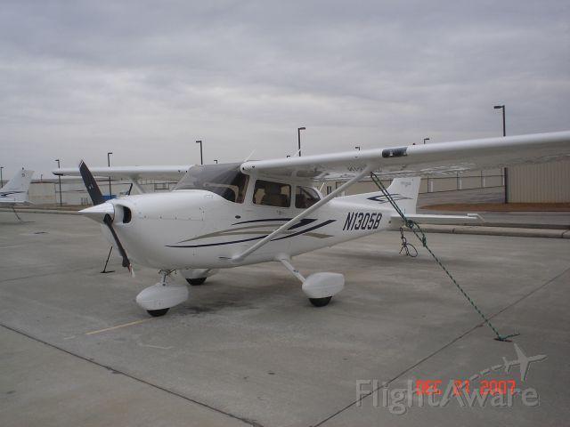 Cessna Skyhawk (N1305B)