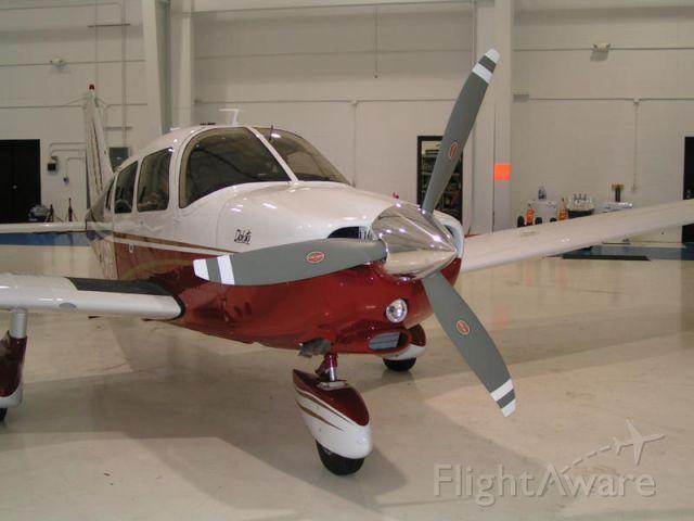 Piper Cherokee (N543RR)