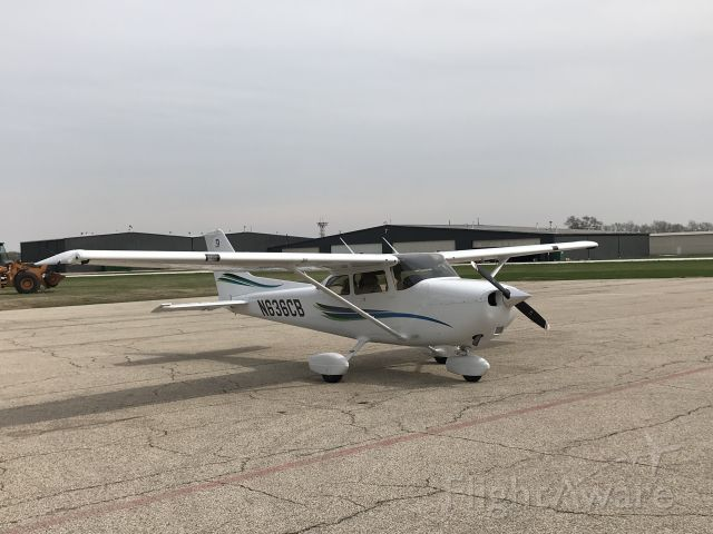 Cessna Skyhawk (N636CB)