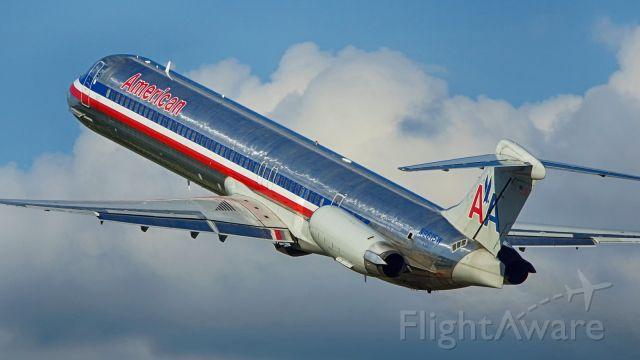 McDonnell Douglas MD-83 (N9615W) - Departing 4.