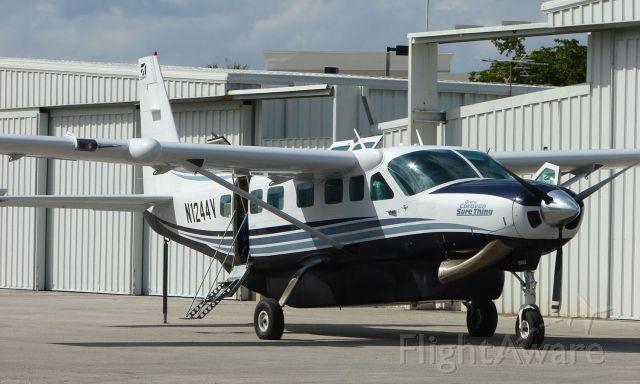 Cessna Caravan (N1244V)