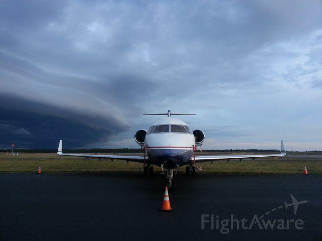 Canadair Challenger (N726MF) - Batten down the hatches..