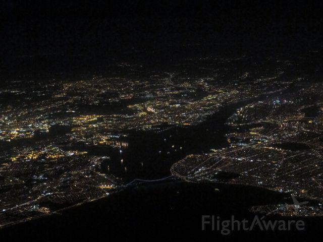 Cessna Citation V (N365EA) - At night along Manhattan en route to KDXR.