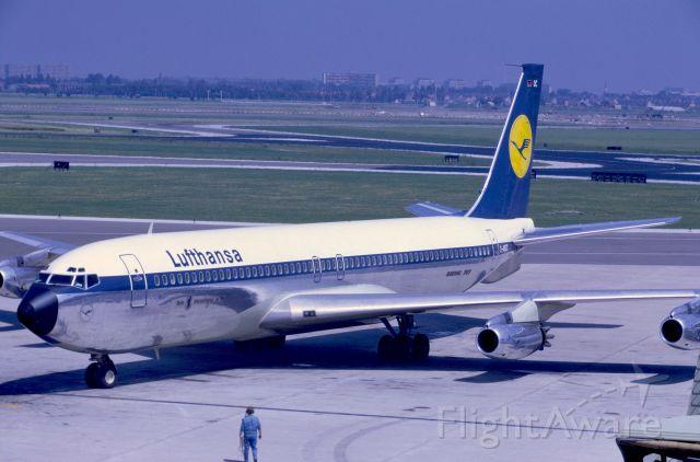 Boeing 707-300 (D-ABOC) - July 1969 at Amsterdam - B707-430 departing for KJFK.