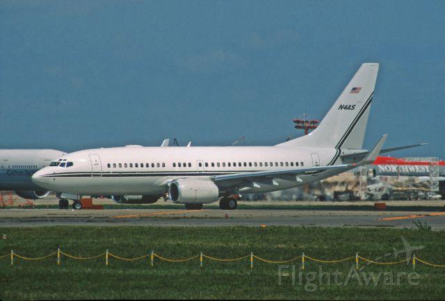 Boeing 737-700 (N4AS) - Departure at Narita Intl Airport Rwy34L on 2001/09/05