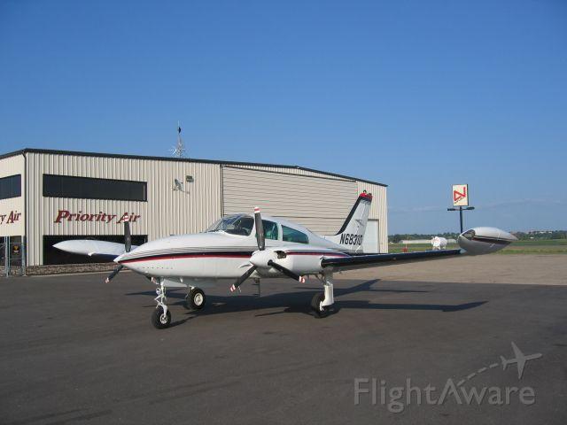 Cessna 310 (N68310)
