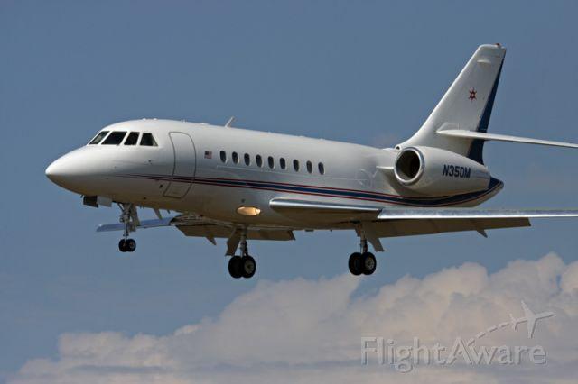 Dassault Falcon 2000 (N350M) - Landing at Santa Barbara Airport