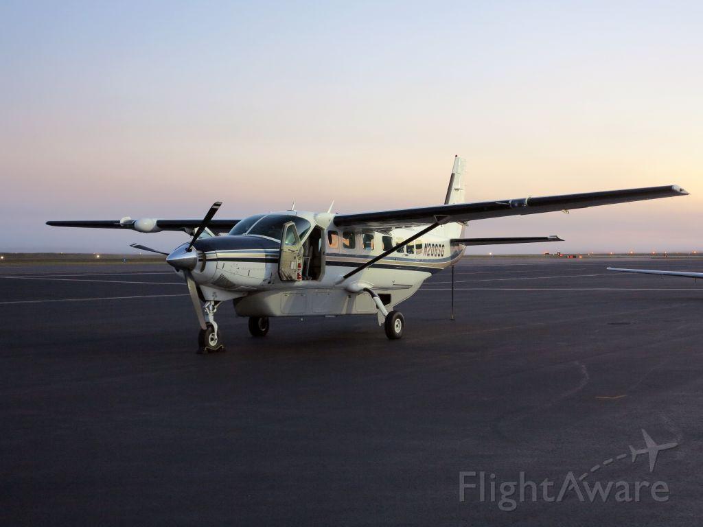 Cessna Caravan (N208SG) - Early Monday morning.