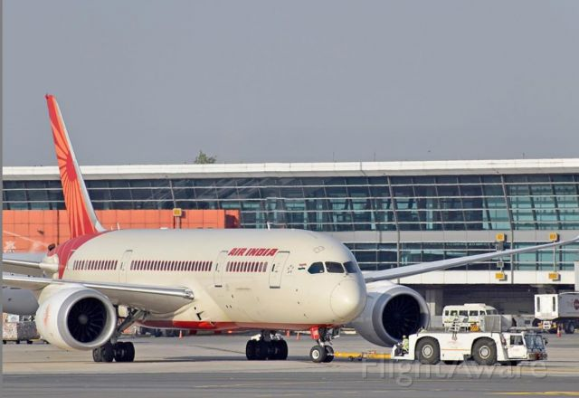 Boeing 787-8 (VT-AND) - Air India 787-8 pushing back from stand B-17.