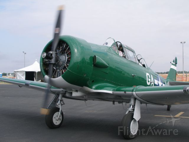 — — - North American T-6 at KMRV