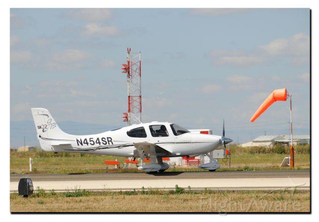 Cirrus SR-22 (N454SR)
