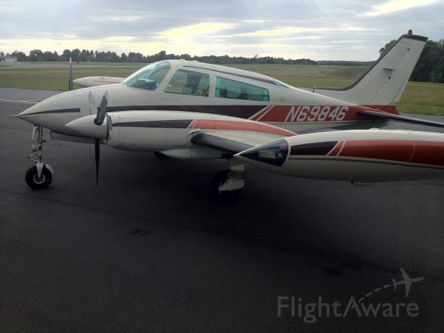 Cessna 310 (N69846) - Ramp photo