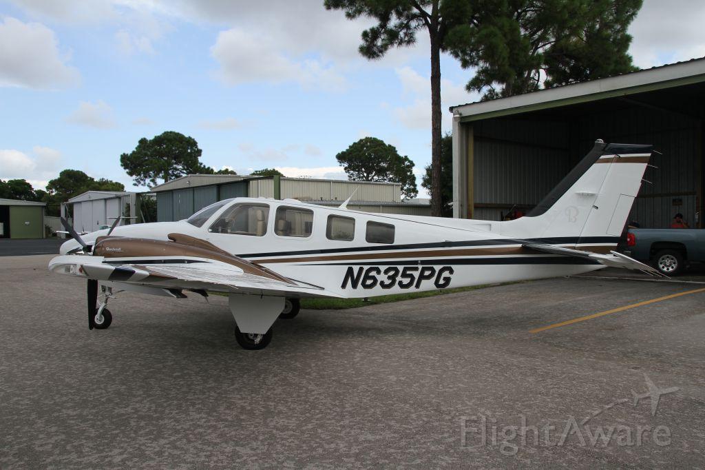 Beechcraft Baron (58) (N635PG)