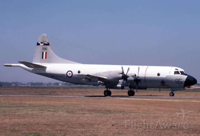 A9293 — - AUSTRALIA - AIR FORCE - LOCKHEED P-3B ORION - REG A9-293 / 93 (CN 185B-5403) - EDINBURGH RAAF BASE ADELAIDE SA. AUSTRALIA - YPED 27/3/1980