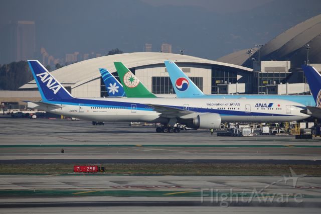 BOEING 777-300ER (JA797A)