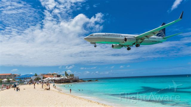 Boeing 737-800 (HP1717CMP) - Gone are the days where maho beach use to look like this. Copa Airlines Boeing 737 HP-1717CMP over the beach for landing at St Maarten.