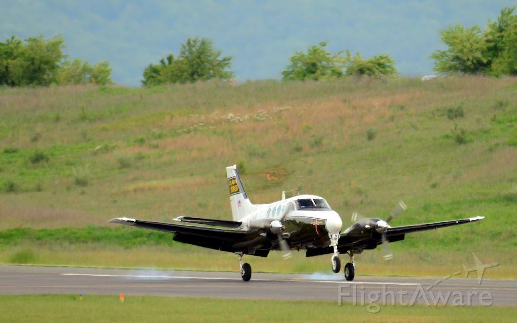 Beechcraft King Air 90 (N906HF)