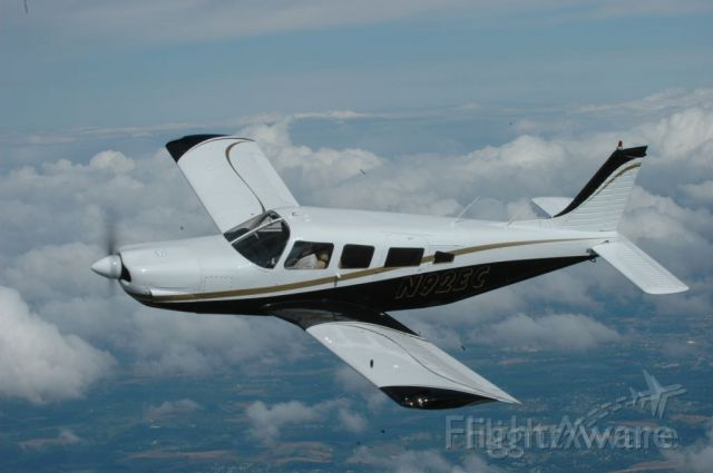 Piper Saratoga/Lance (N92EC)