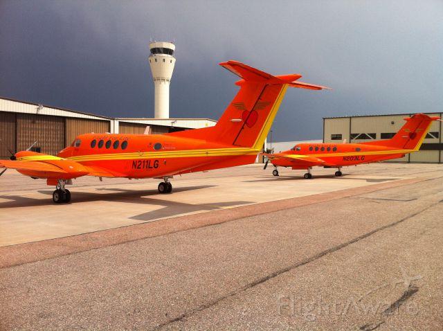 Beechcraft Super King Air 200 (N211LG)