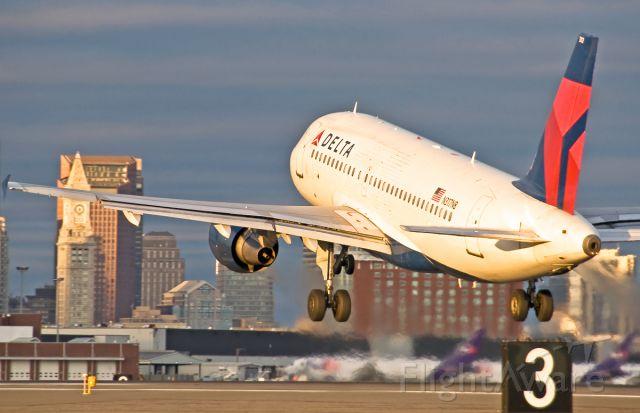 Airbus A319 (N317NB) - RWY27 take off