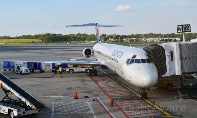McDonnell Douglas MD-88 (N984DL) - Delta McDonnell Douglas MD-88 N984DL in Baltimore