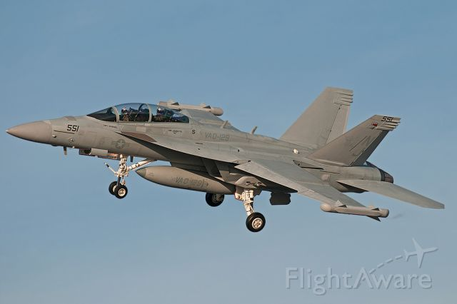 16-6855 — - Growler from VAQ-129 makes a short approach into NAS North island