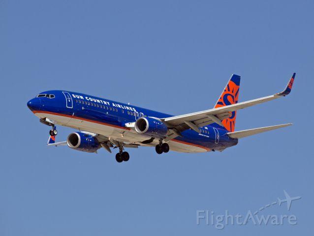 Boeing 737-800 (N827SY) - Spotting