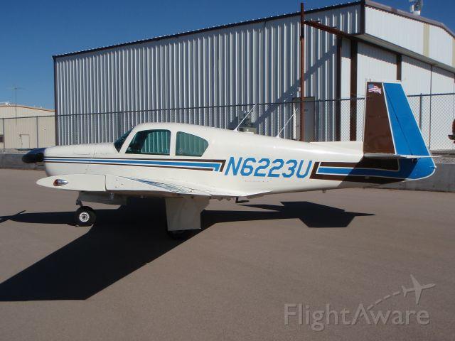Mooney M-20 (N6223U)
